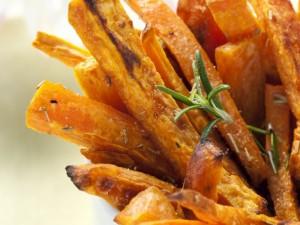 cartofi dulci prajiti usturoi