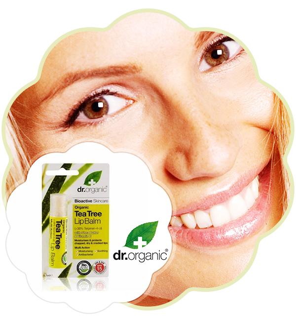 Balsam de buze Bio Extract de Arbore de Ceai Dr. Organic 57ml Este foarte hidratant și calmează buzele crăpate, fiind un concentrat din arborele de ceai și untul de Shea. Ceara de albine a fost adăugată pentru protejarea buzelor împotriva influenței mediului exterior.