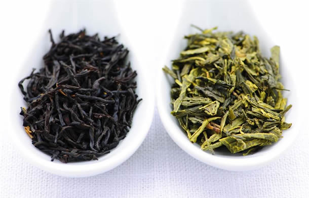 Ceai-verde-versus-ceai-negru